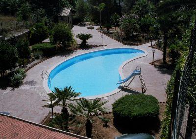 piscina privata a fagiolo