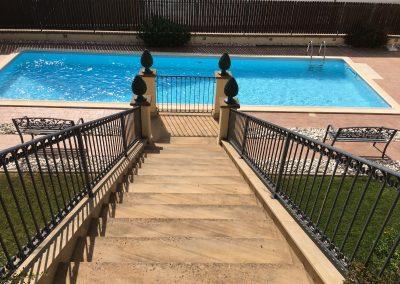 particolare ingresso piscina