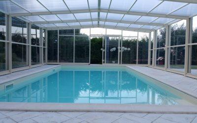 Copertura per piscina in inverno: concediti un bagno tutto l'anno