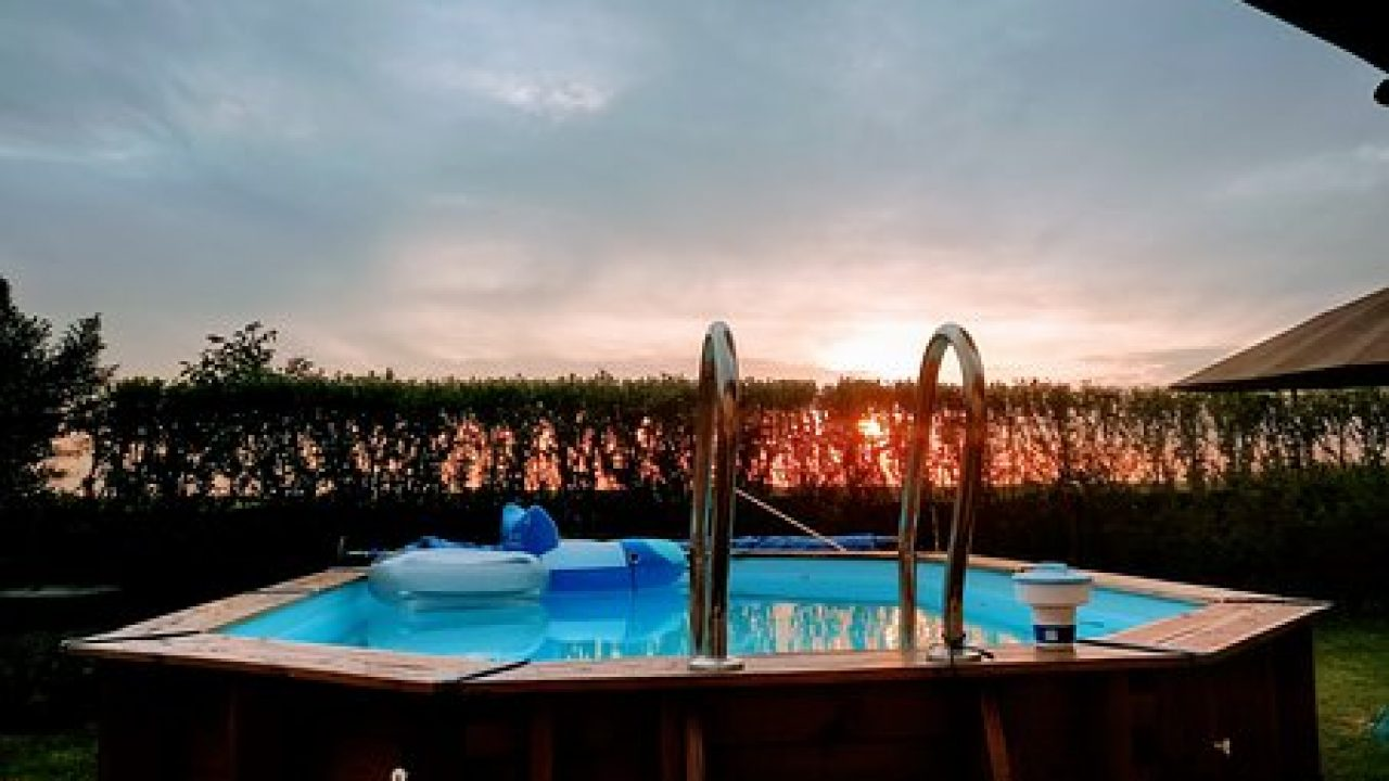 Piscine Da Esterno Rivestite In Legno ≈ quale piscina fuori terra comprare?3 consigli per la